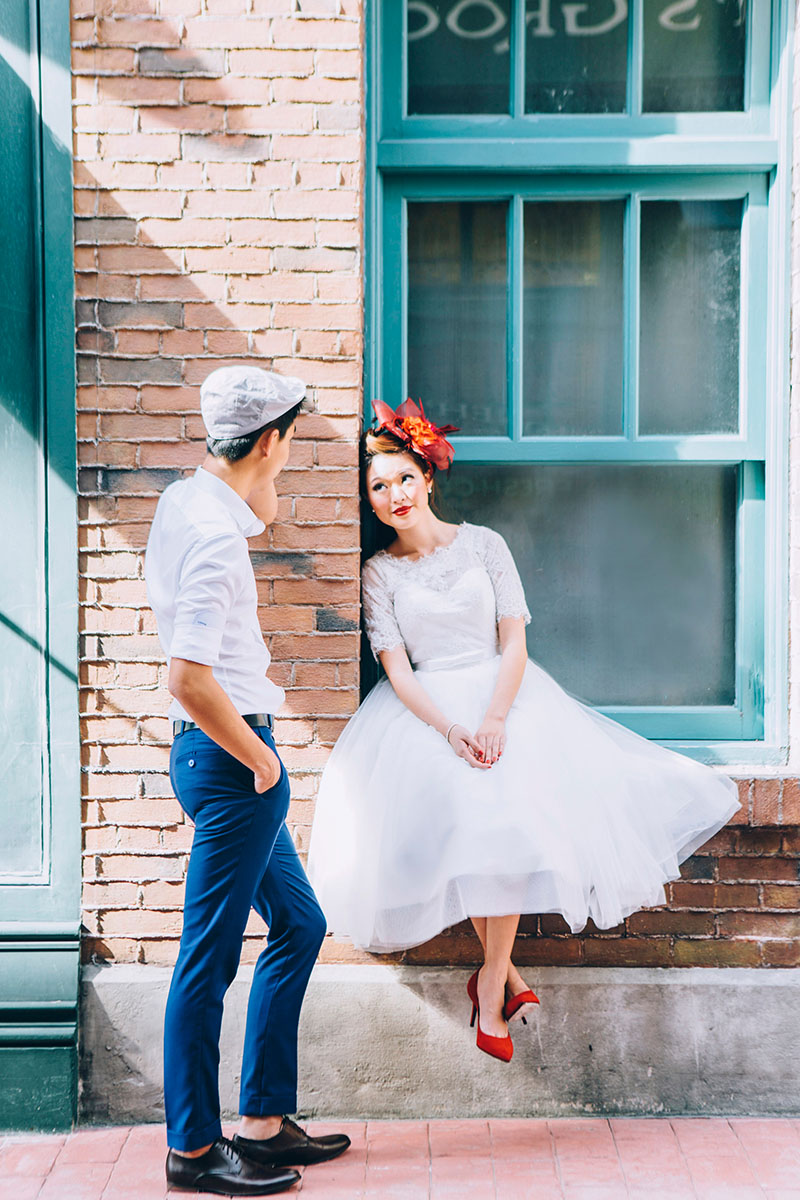 Retro Pre Wedding Styled Shoot At Universal Studios Singapore Articles Singaporebrides