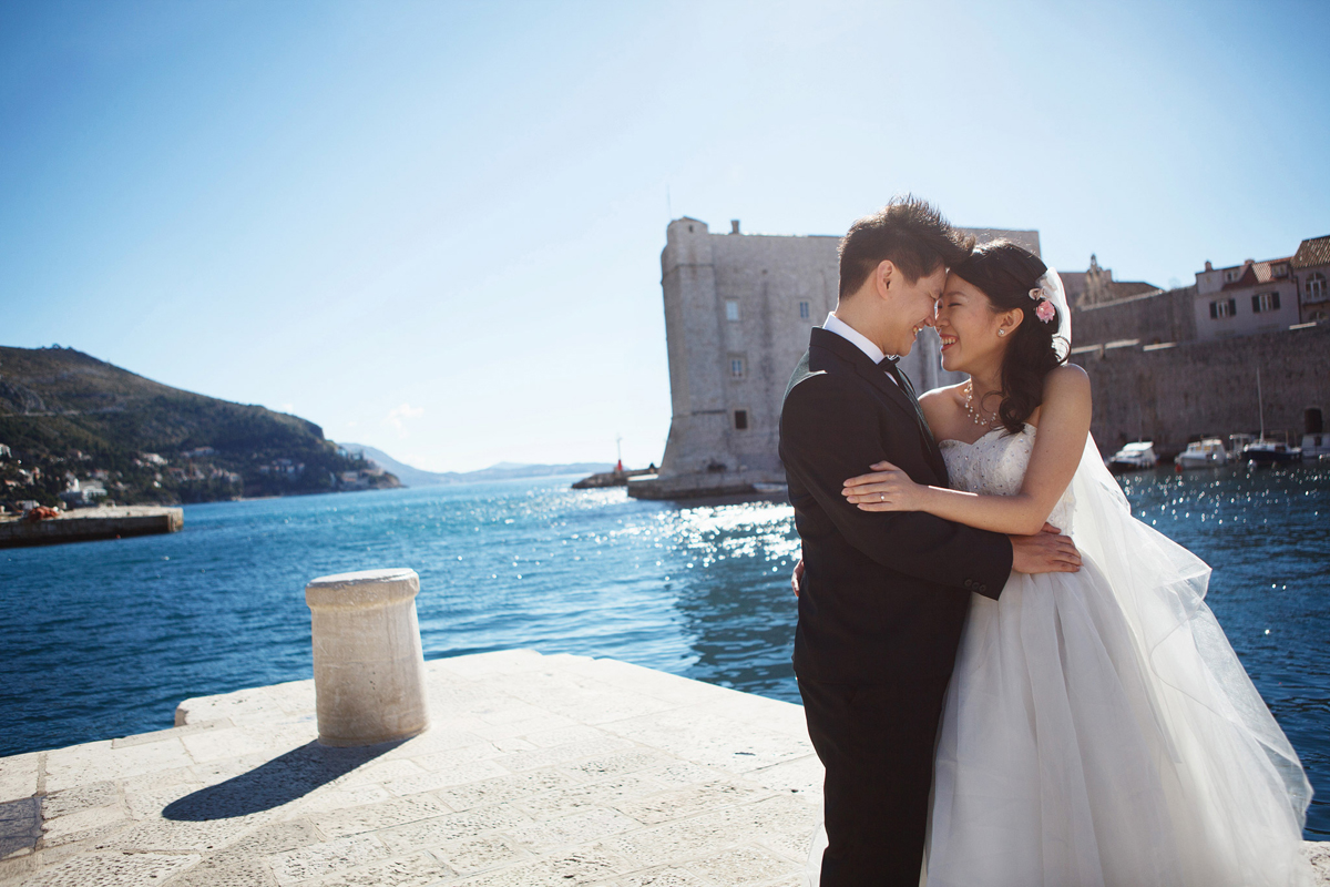 Hui Ting and Yew Thong's Romantic Europe Pre-Wedding with A Little Moment Photography Feature