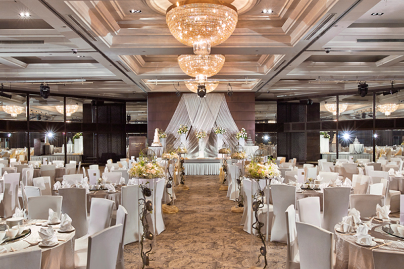 37 majestic and dreamy hotel ballrooms in singapore for weddings singapore wedding ballrooms singapore hotel ballroom junglespirit Image collections