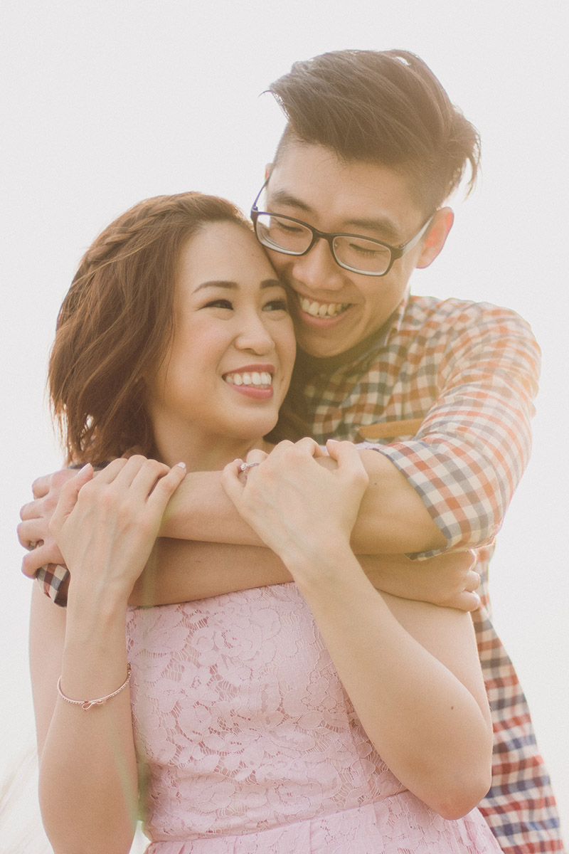 17 Couple Poses You Should Try For A Natural Prewedding Photoshoot
