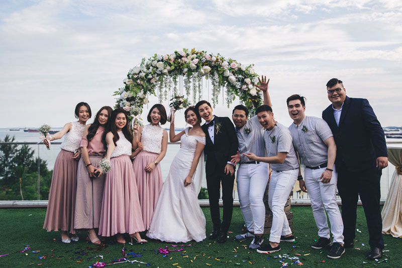 Casual Freida And Winson S Beautiful Sky Garden Wedding At Ifly Singapore By Darren Jade Photography