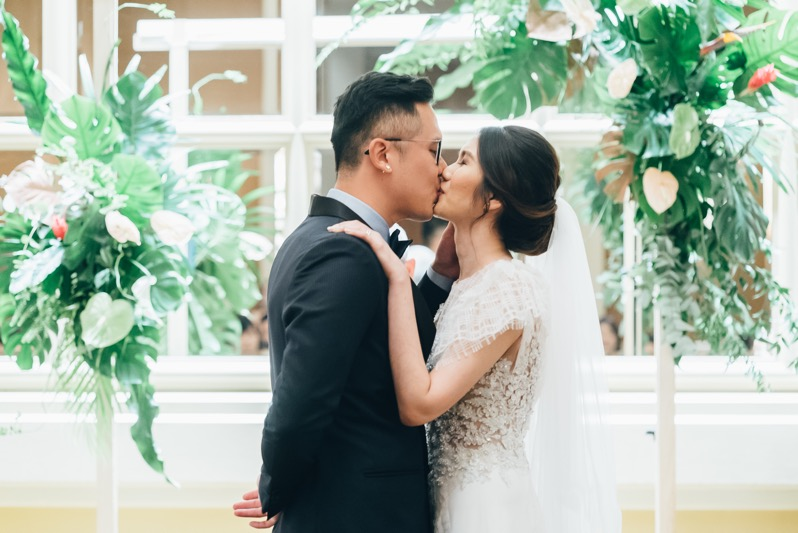 Pearlyn and Kang Cheng's Urban Tropical Forest Wedding at