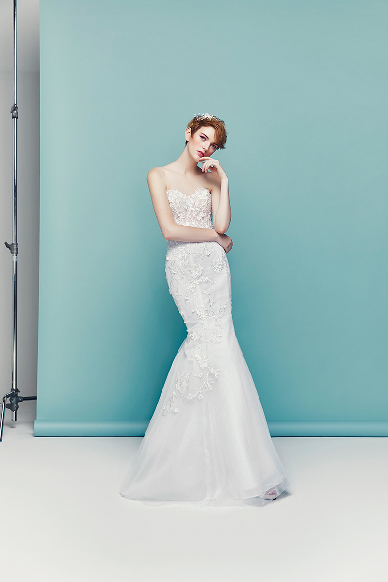 30 Simple Wedding Dresses In Singapore For The Minimalist Bride