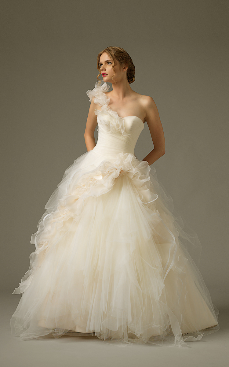 Jawn gown3 ivory ball oneshoulder tulle f