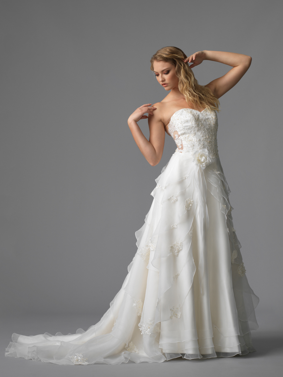 Jawn gown4 white aline sweetheart lace f