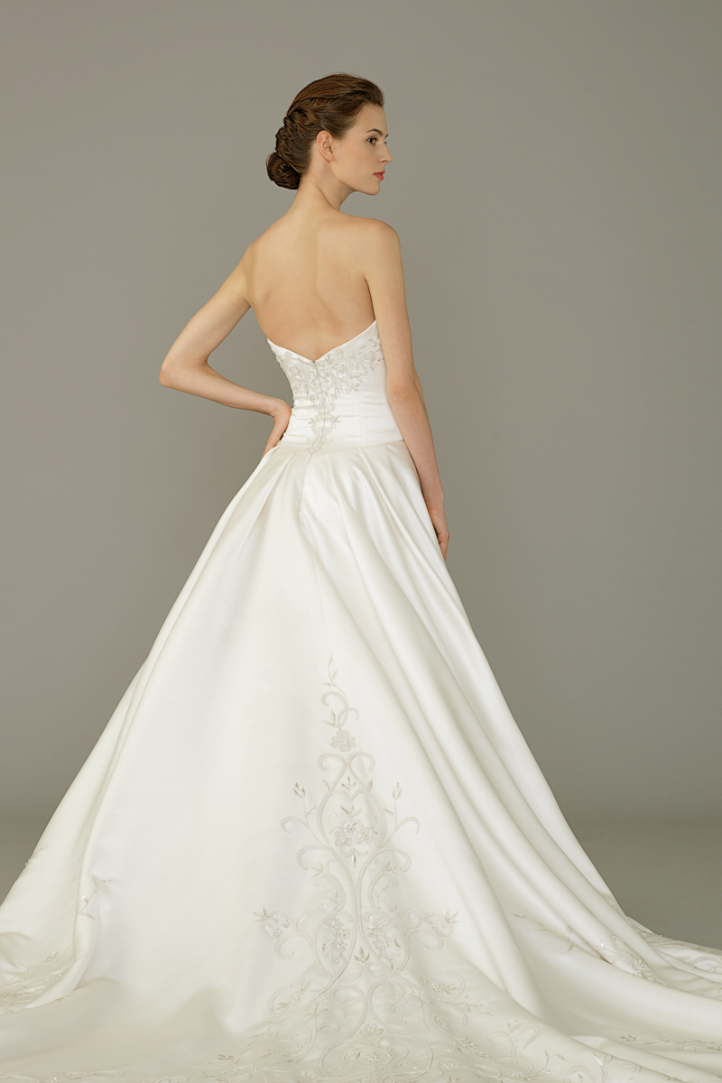 Jawn gown4 white ball sweetheart satin b