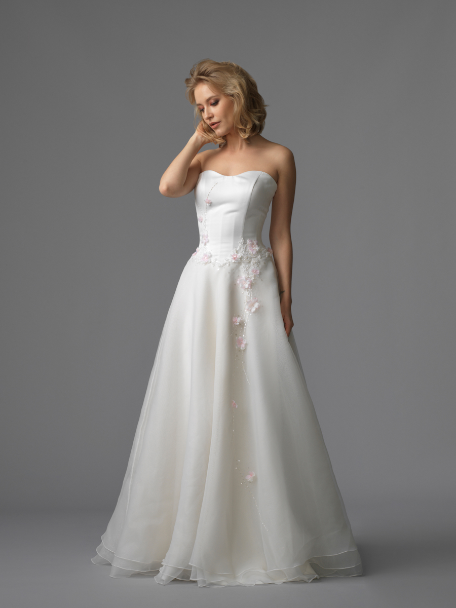 Jawn gown5 white aline sweetheart organza f