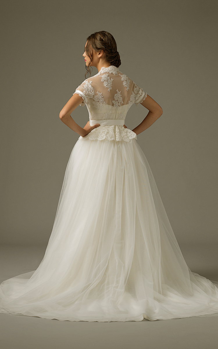 Am gown3 white ball sleeve tulle b