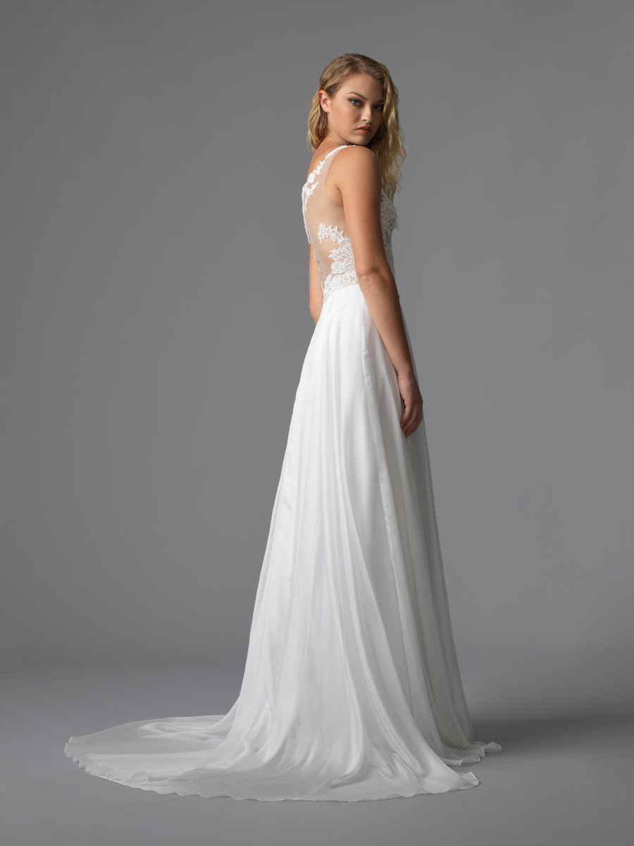 Am gown3 white aline ill lace b 2