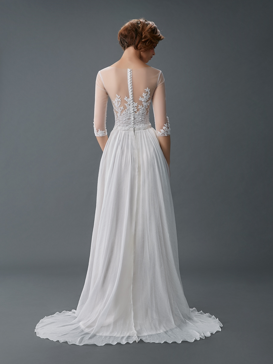 Am gown2 white aline ill lace b