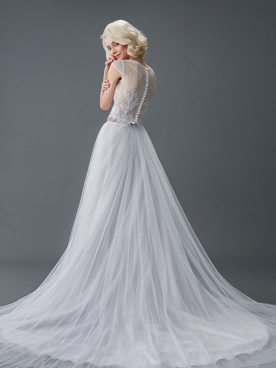 Am gown3 white aline ill lace b