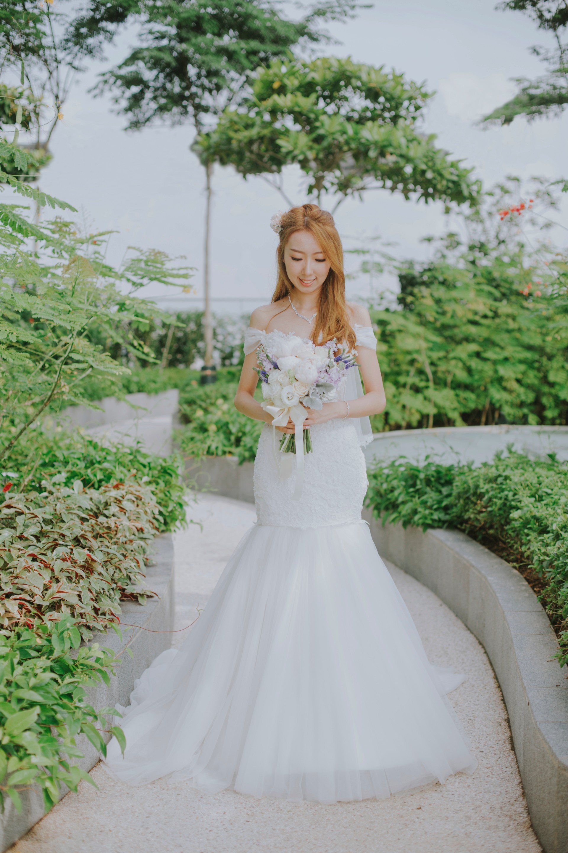 Andaz singapore weddings bride rooftop