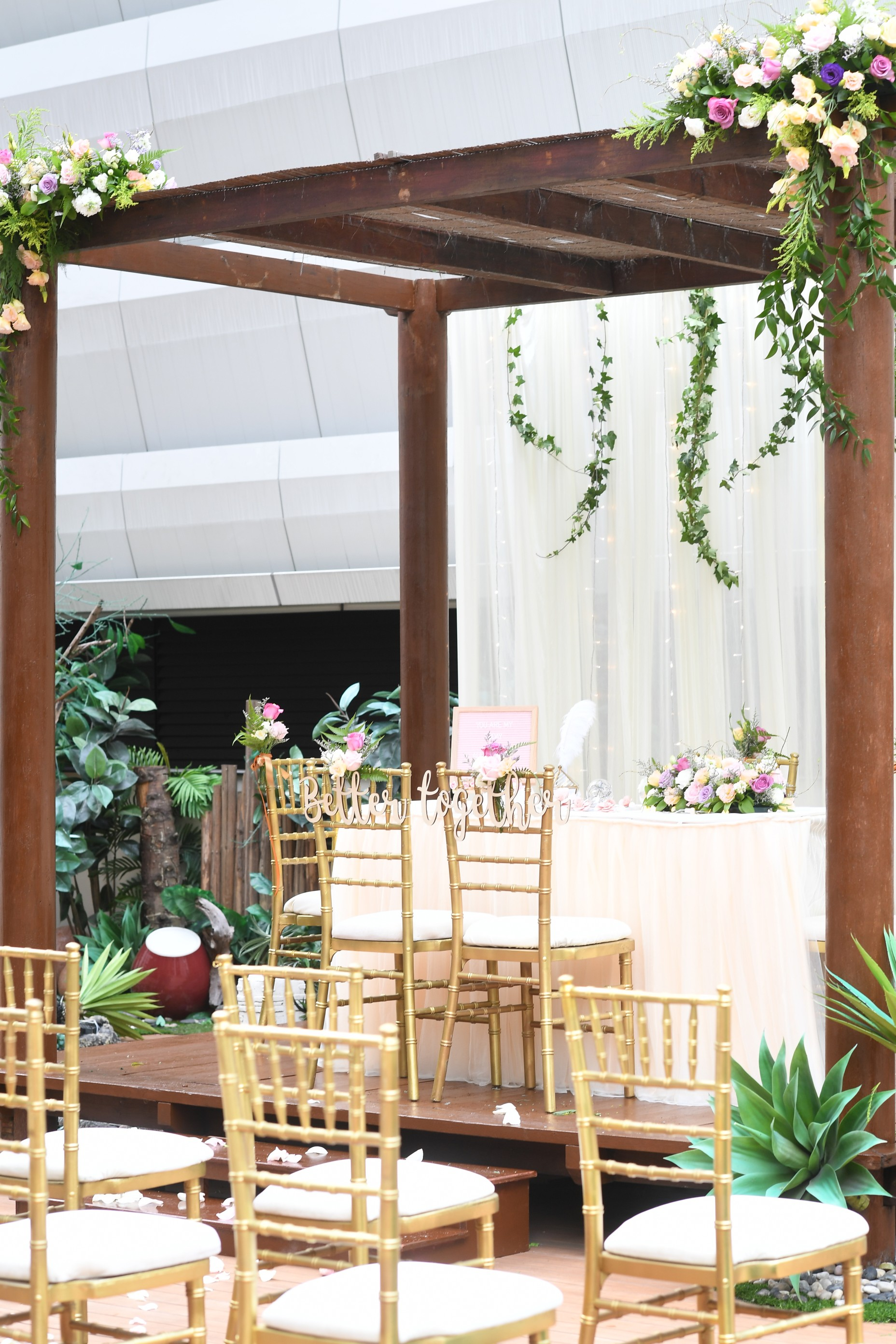 Outdoor solemnisation setup 2  scotts suite %28portrait%29