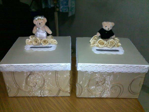 Wedding Money Boxes Lovely Couple Bears with Swaroski Crystals