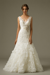 2974_gi_gown1_white_aline_vneck_lace_f.admin