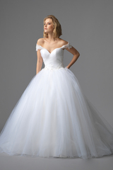 3356_lb_gown5_white_ball_sweetheart_tulle_f.admin