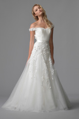 3573_divine_gown1_white_aline_sweetheart_tulle_f.admin
