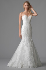 3575_divine_gown3_white_trumpet_sweetheart_lace_f.admin