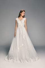 4277_dream_gown4_white_aline_vneck_lace_f.admin