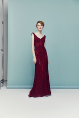 4835_luna_gown1_red_sheath_vneck_sequin_f.admin