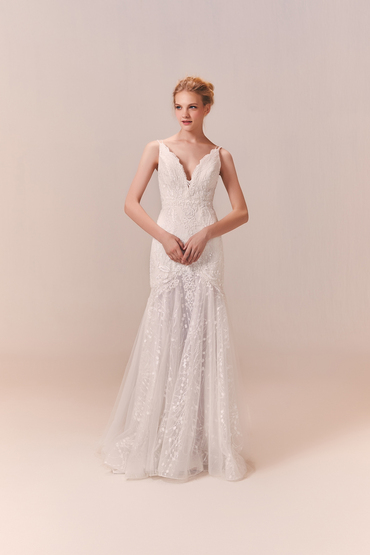 5467_lb_gown4_white_trumpet_vneck_lace_f.product