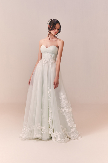 Ball Gown by Luna Bianca Bridal Boutique