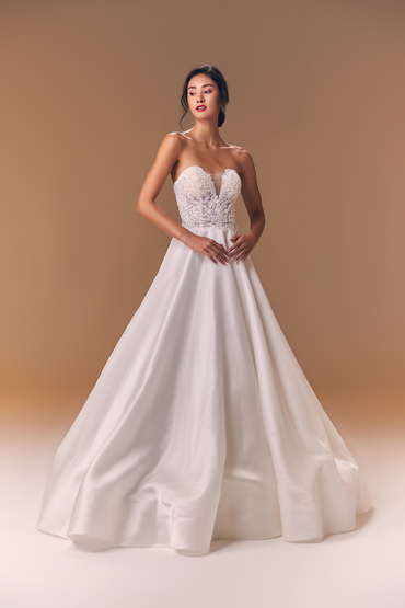 5629_lb_gown5_white_ball_sweetheart_satin_f.product