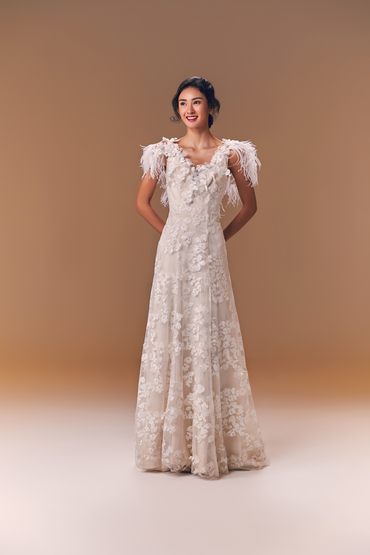 5744_twp_gown4_ivory_aline_sleeve_lace_f.product