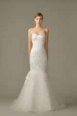 747_gi_gown1_white_trumpet_sweetheart_tulle_f.admin