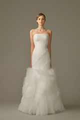 858_lb_gown4_white_trumpet_strapless_tulle_f.admin